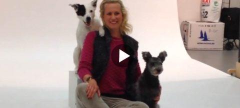 Bakom kulisserna: Emma Willblad med sina duktiga hundar