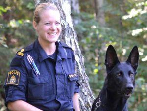 Polishunden Mysko och matte/förare Martina.