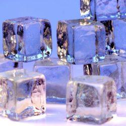 Ice_cubes_openphoto