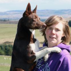 Alex Fyhr i Hundjobb i SKottland